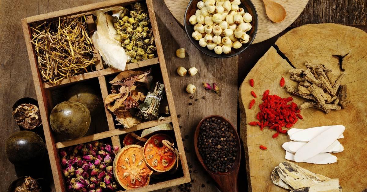 Mulai Dilirik untuk Pengobatan, Apakah Herbal Aman?
