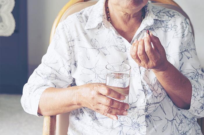 Pengidap Parkinson Berisiko Terkena Distonia, Benarkah?