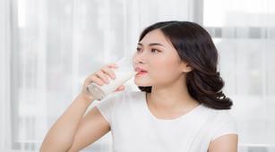 Pengidap Alergi Kacang Bolehkah Minum Susu Kedelai?