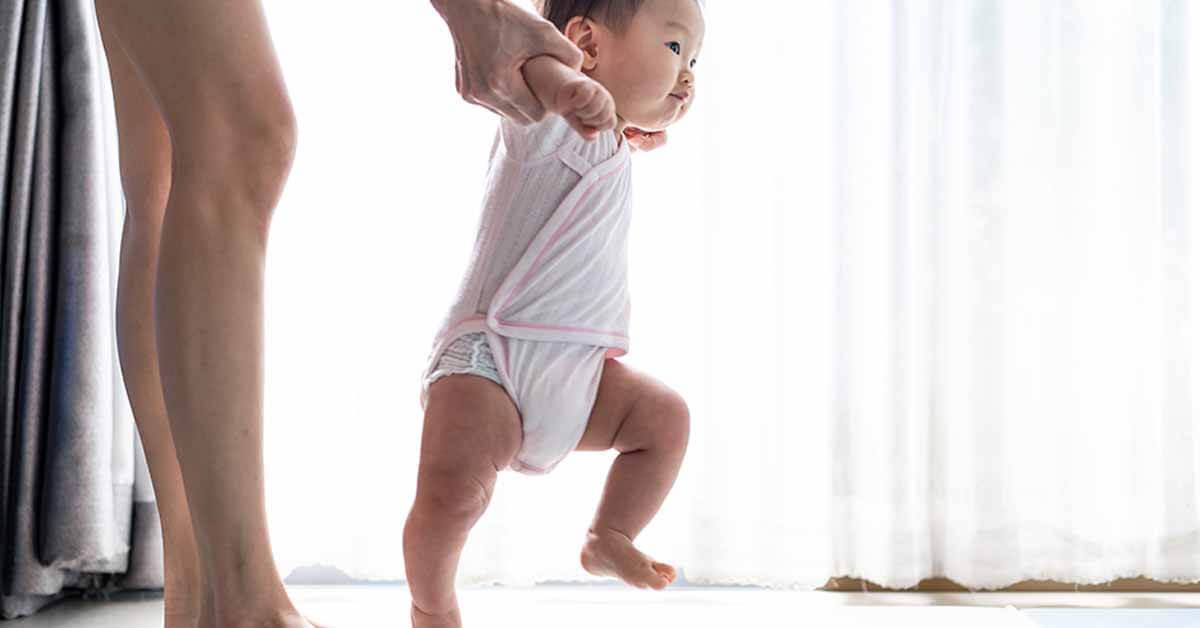 bayi 7 bulan, perkembangan fisik bayi 7 bulan