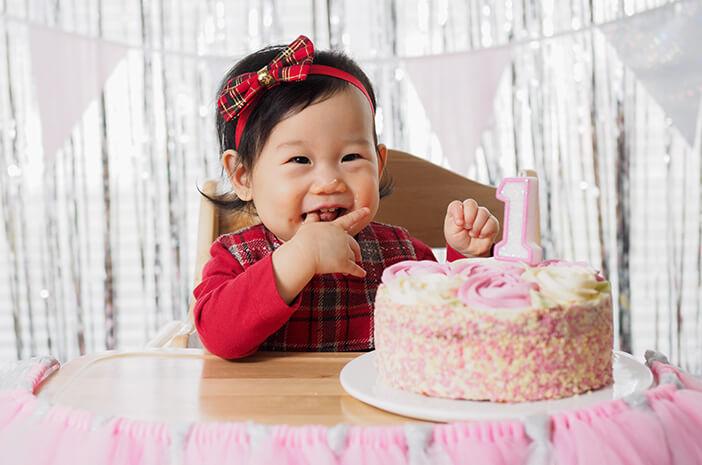 Perkembangan Bayi 12 Bulan