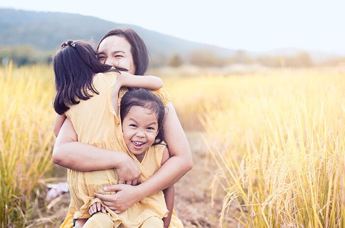Punya Anak Kembar, Ini Cara agar Tidak Pilih Kasih