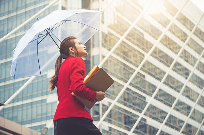 Sering Kena Matahari, Ini 4 Tips Sehat Bekerja Outdoor