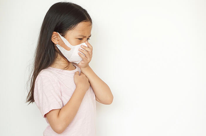 si-kecil-flu-dan-batuk-saat-puasa-lakukan-5-hal-ini-halodoc
