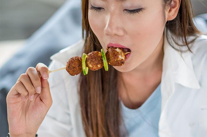 Tidak Ingin Sembelit? Hindari 5 Makanan Ini