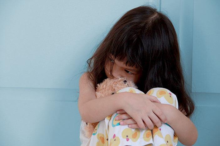 Tips Mengatasi Depresi Pertama pada Anak