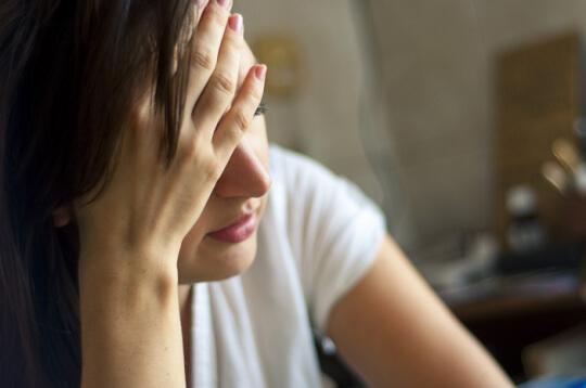 Wanita Lebih Rentan Alami Agoraphobia, Ini Alasannya