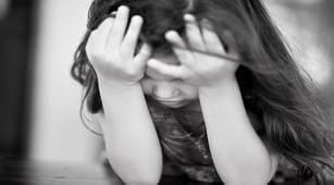 Waspada, 2 Kebiasaan Ini Dapat Sebabkan Kifosis pada Anak