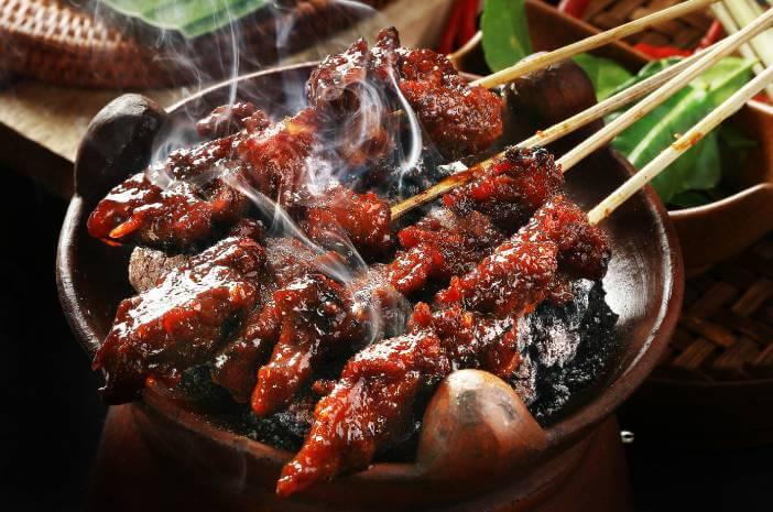 Waspada, Banyak Makan Kambing saat Idul Adha Picu Kolesterol