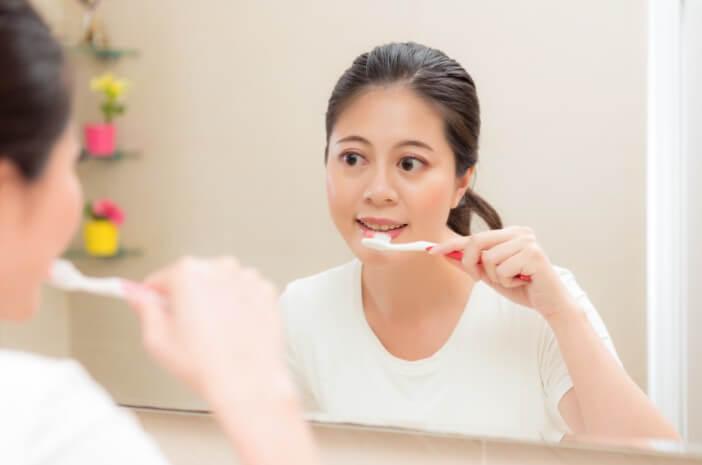 5 Tips Menjaga Kesehatan Gigi Saat Puasa